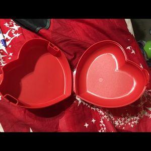 Brand New Tupperware Heart Keeper